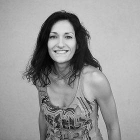 Giota Zoumpou PhotostudioGT