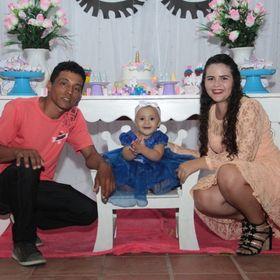 Inês Caroline Oliveira
