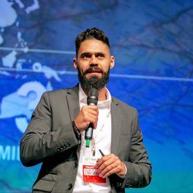 Daniel Peralles