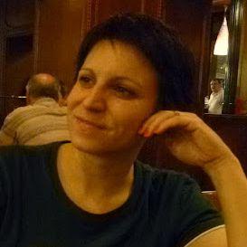 Dora Vizvári