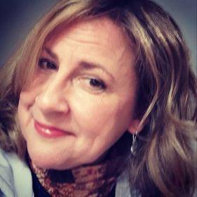 Julie M. Staab ♔