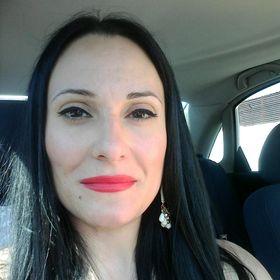 Victoria Diniakoy