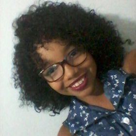 Julya Almeida