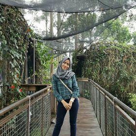 Raden Elsha Rostiani Heryana