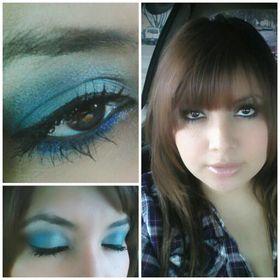 Mimi le Makeup artist