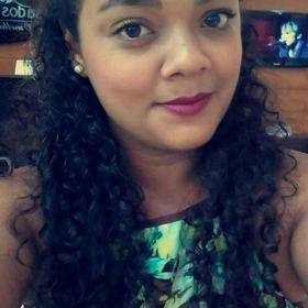 Camila Saboia
