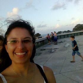 Lauren Ribeiro