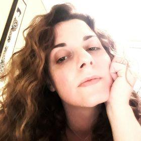 Eleni Varia