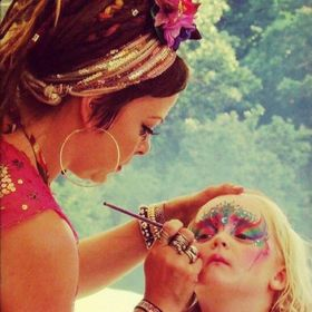 Mrs Kitsch Makeup Artist