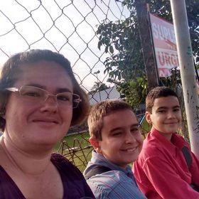 Cristiane Prata de Paula