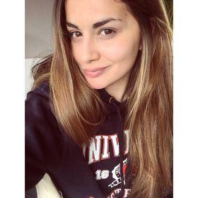 Lily J Garefalaki