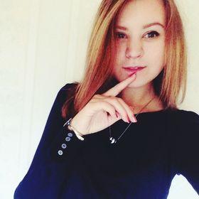 Саша Конькова