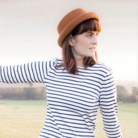 Amanda    Lifestyle and Travel Blogger