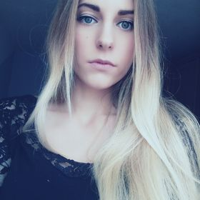 Dominika Mezeiová