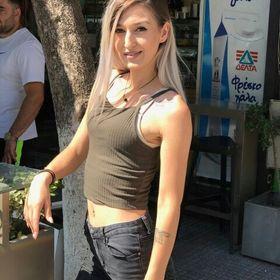 Χριστίνα Τσενόλλι