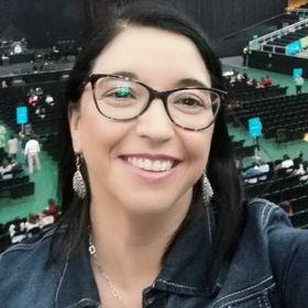 Claudia Andrea Navarro Moena