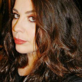 Laura Segovia Saavedra