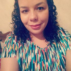 Lorraine Paola