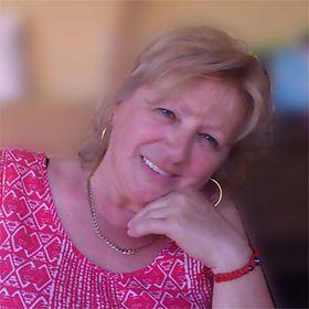 Mária Nógliova