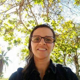 Débora Amarante