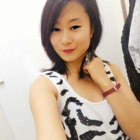 Julia Singlong