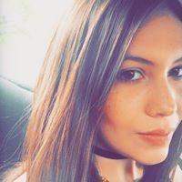 Angela Vega M