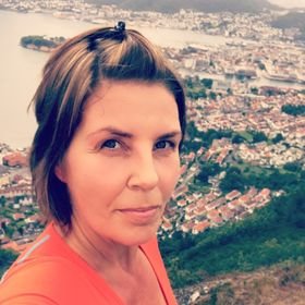 Anne Kristin Fiksdal