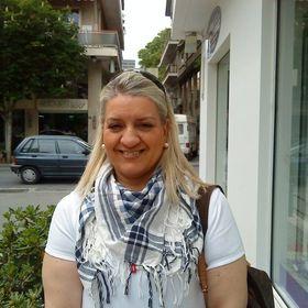 Nina Skoura