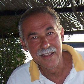 MANOLIS CALERGIS Influencer