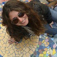 Connie Hevia Riveros