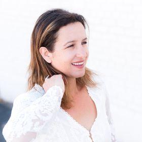 Olga Pontes | Branding Collective
