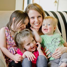 Renee | Real Mom Life | Simplifying Life with Kids | Grace Filled Parenting | Tune My Heart Blog