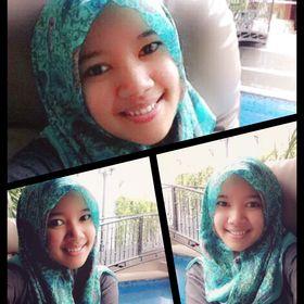 Riza Nurmalita
