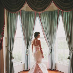 Valance Curtains - Swags and Drapes