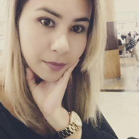 Erika Lobato Santos