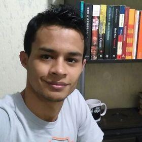 Rayr Oliveira
