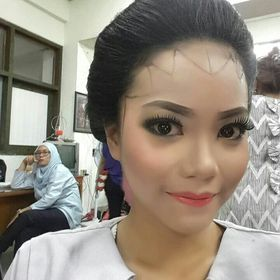 Lia Ananda