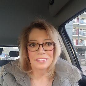 Carla Van Dorst