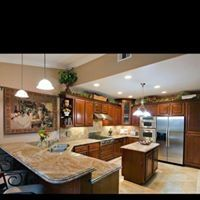 Kitchen Countertops & Cabinets