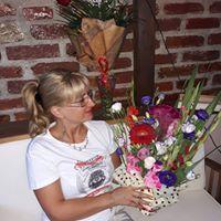 Ella Lumy Elena