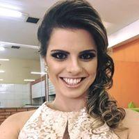 Ana Carolina Navarro