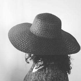 Ava Mallory | Writer | The Citizen Detectives | Mom | Runner |