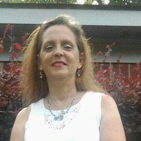 Cynthia Bolton