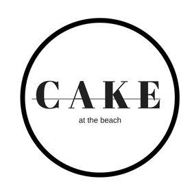 C A K E AT THE BEACH