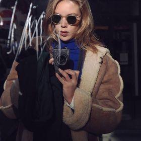 Sarah Elize VR