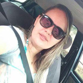 Ângela Menezes