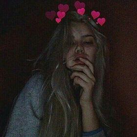 Putri Nhira