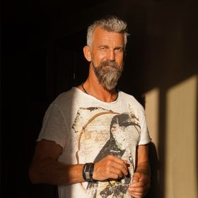Henrik Sundbye