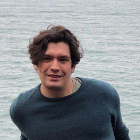 Isaias Avelar