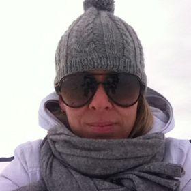 Mari Järvenpää